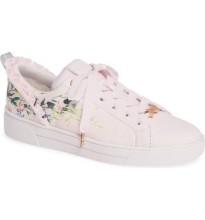 pink_sneaker